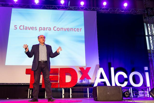5 claves para convencer | José Luis Martín Ovejero | TEDxAlcoi